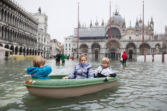 October 27, 2012: High tides and winds lead to flooding in ... |Venice Flooding October 2012